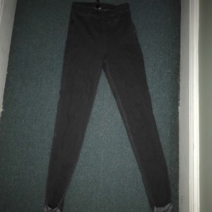 Gray high waisted jeggings.